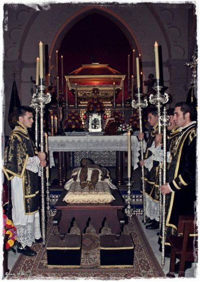 Santo entierro triduo